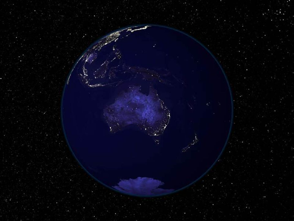 As outras duas, seguindo o mesmo esquema, mostram- nos o anoitecer na América do Norte, destacando-se a enorme quantidade de luzes nas cidades dos Estados Unidos.