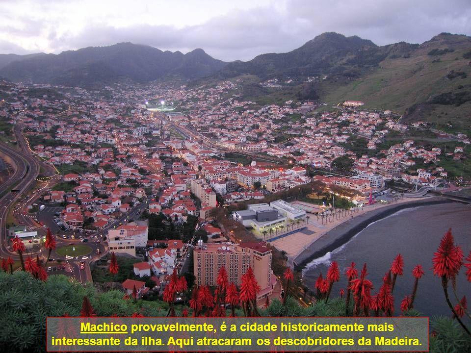 Pico Ruivo o pico mais alto da ilha (1862m)Pico do Areeiro o segundo mais alto (1818m) S. Vicente (centro)S. Vicente (véu da noiva)