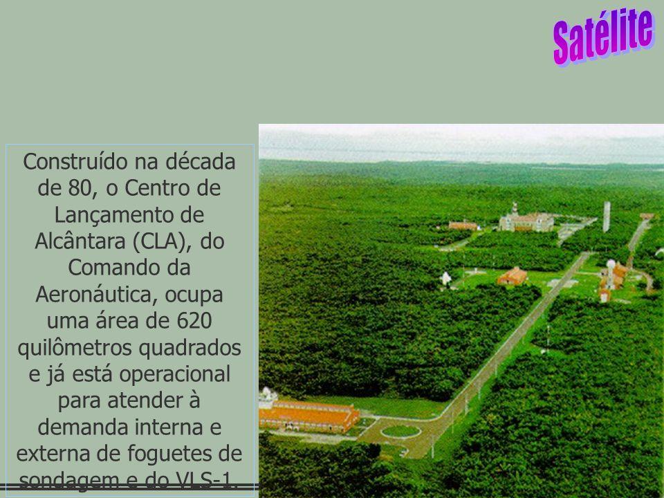 24 Construído na década de 80, o Centro de Lançamento de Alcântara (CLA), do Comando da Aeronáutica, ocupa uma área de 620 quilômetros quadrados e já