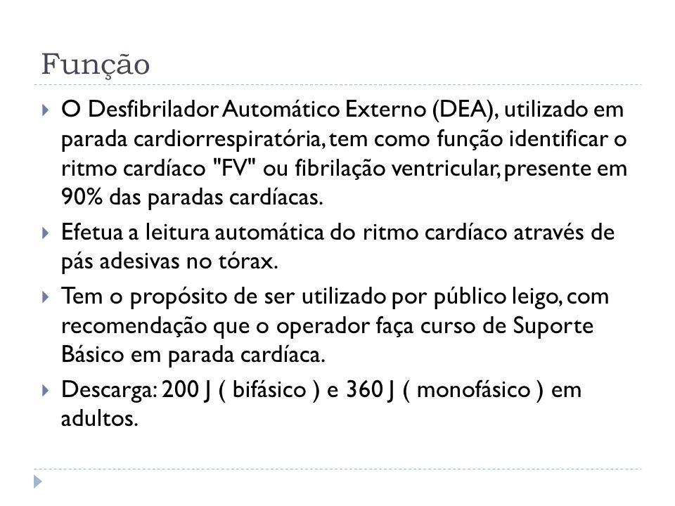 Função O Desfibrilador Automático Externo (DEA), utilizado em parada cardiorrespiratória, tem como função identificar o ritmo cardíaco