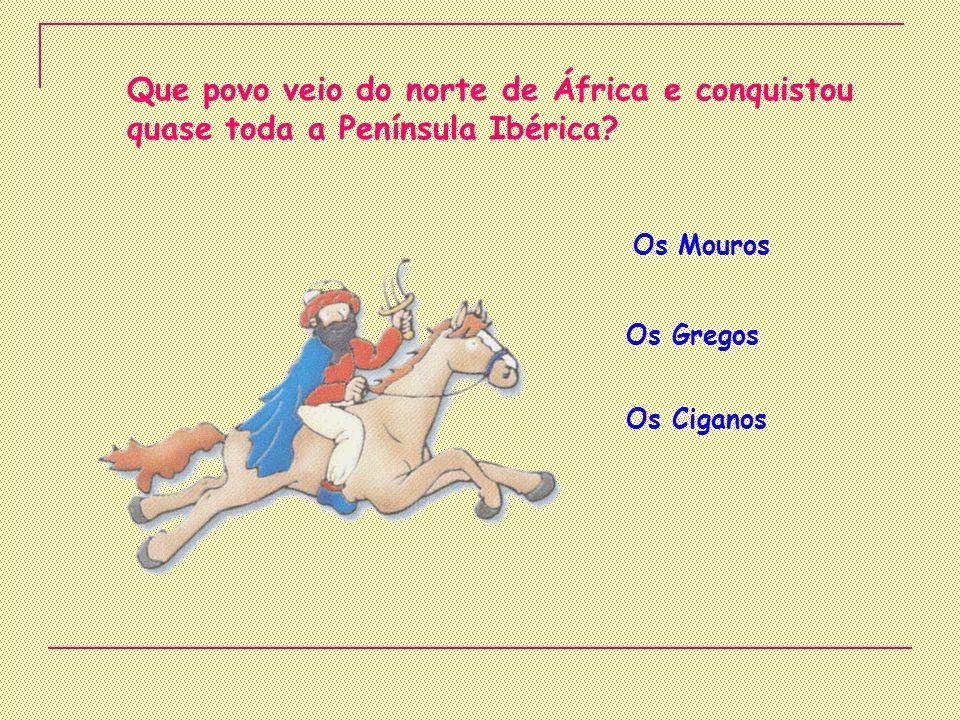 Em 1487 Bartolomeu Dias dobrou o cabo das Tormentas.