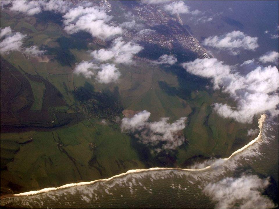 O Cabo Beachy (em inglês, Beachy Head) é um promontório calcário na costa sul de Inglaterra (Reino Unido), junto à cidade de Eastbourne, no condado de