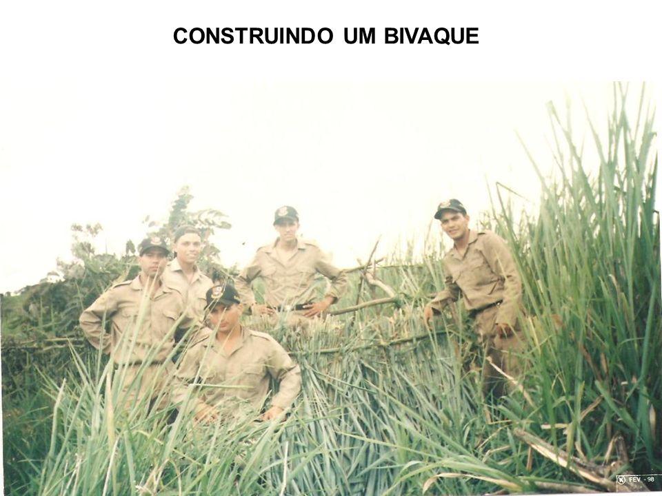CONSTRUINDO UM BIVAQUE