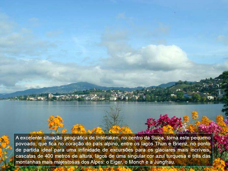 É uma das cidades mais charmosas da Suíça.Cercada por lagos e Montanhas.