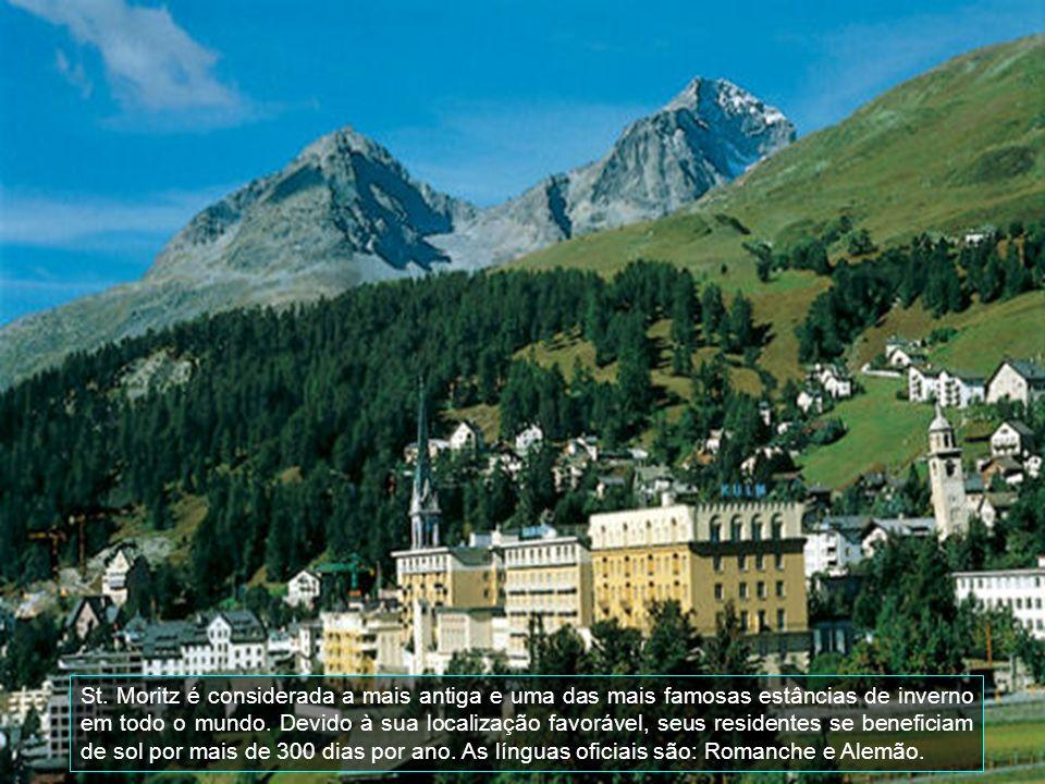 St.Moritz é um exclusivo Resort na cidade do Vale Engadine, na Suíça.