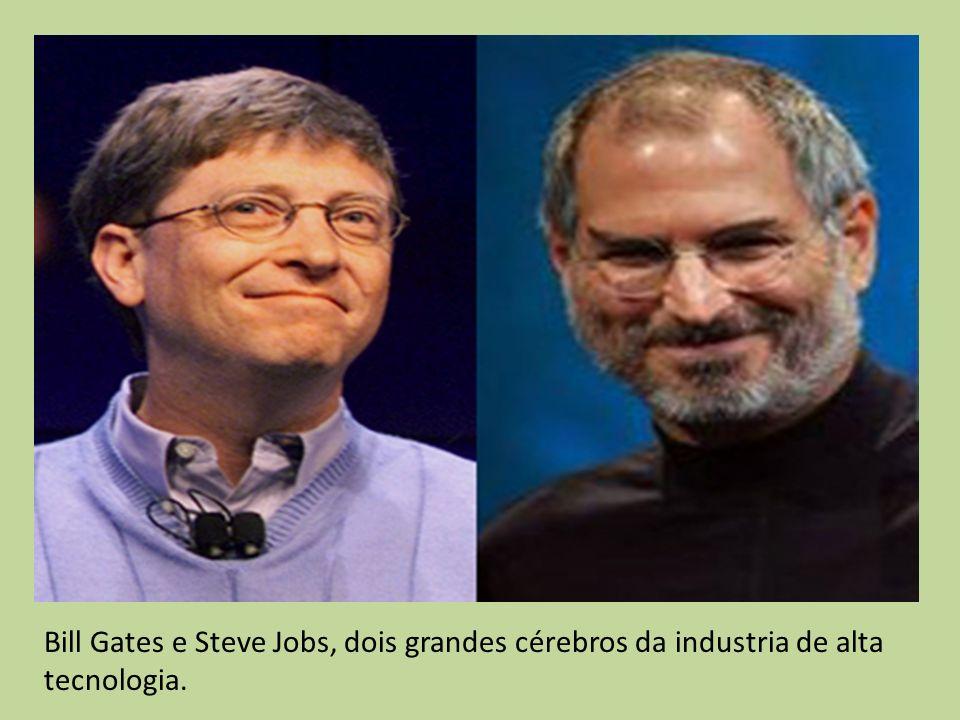 Bill Gates e Steve Jobs, dois grandes cérebros da industria de alta tecnologia.