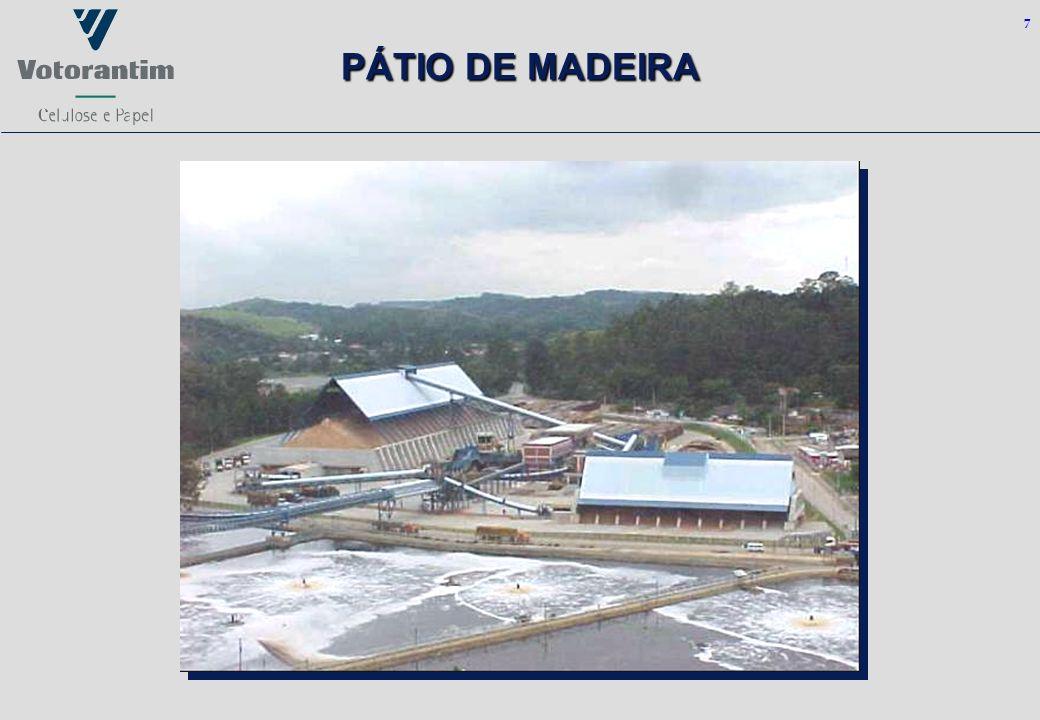 7 PÁTIO DE MADEIRA