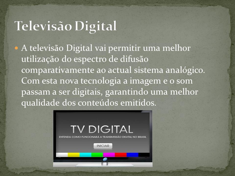 A televisão por cabo é um sistema de distribuição de conteúdos audiovisuais da televisão e de outros serviços, para consumidores através de cabos coax