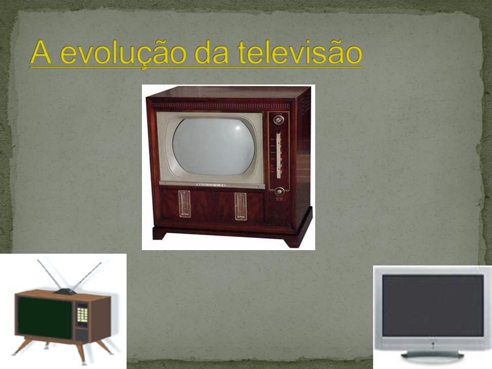 Este trabalho foi-nos proposto pelas Formadoras de CLC tem como objectivo mostrar a evolução da televisão desde o seu aparecimento até ao nosso quotid