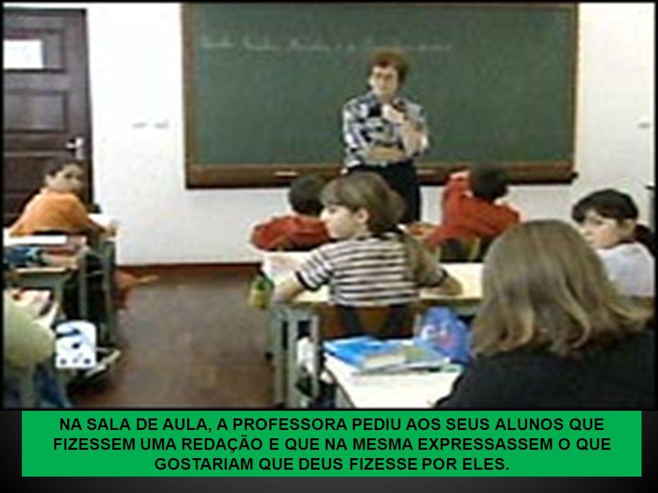QUANDO TERMINOU A LEITURA, O MARIDO VIROU-SE PARA A PROFESSORA E DISSE: - MEU DEUS, COITADO DESSE MENINO.