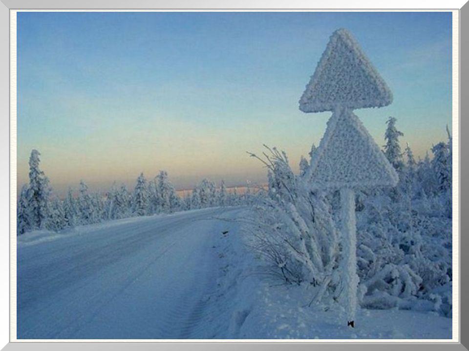A região foi inicialmente conquistada pelos russos na década de 1630.