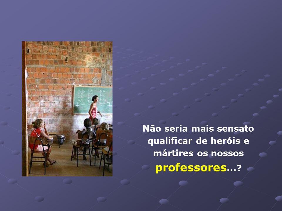 Escola pública localizada no sertão pernambucano: Não há acabamento nas paredes. O banheiro está interditado. Há um ano sem merenda escolar.