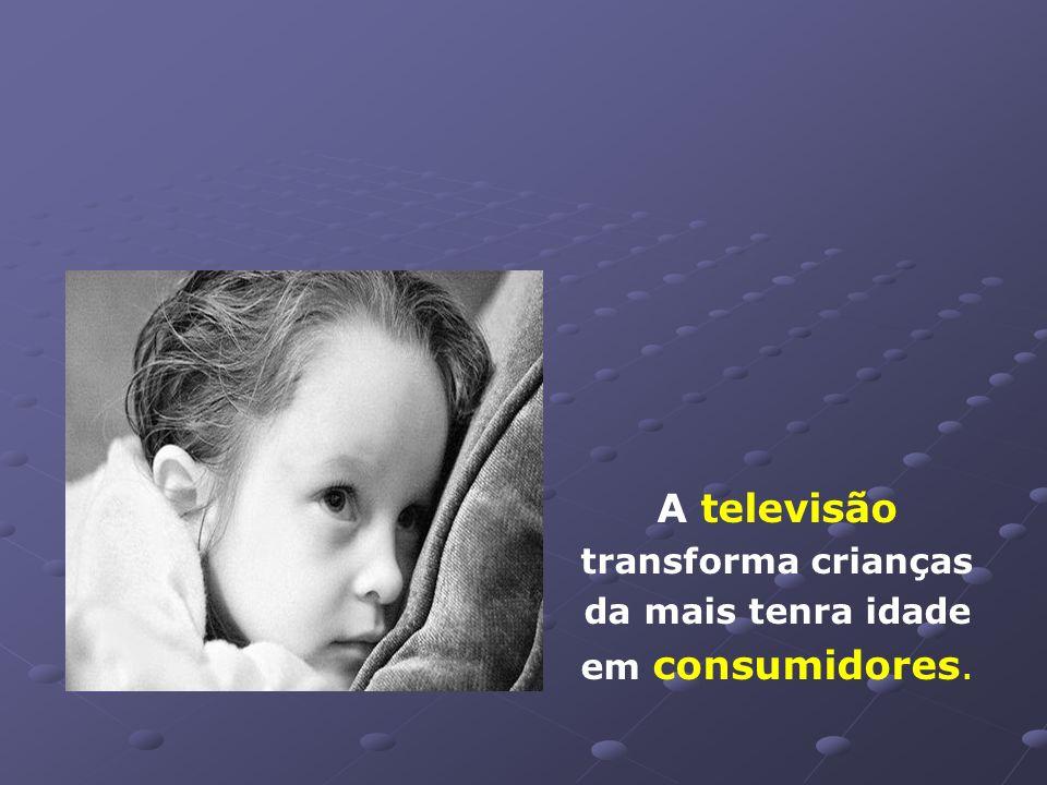 Em outubro*, mês das crianças, o valor gasto no Brasil em publicidade dirigida ao público infantil foi de, aproximadamente, R$ 210 milhões. * (ref.:20