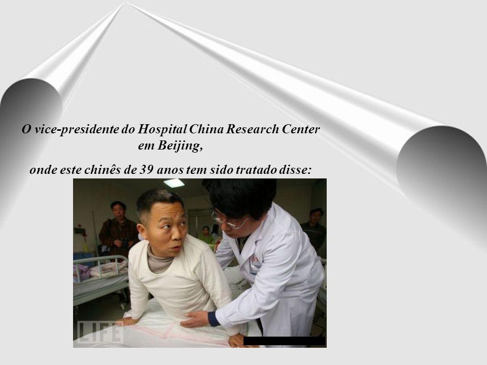 Sua recuperação tem surpreendido os cirurgiões, depois dele ser submetido a uma série de operações.