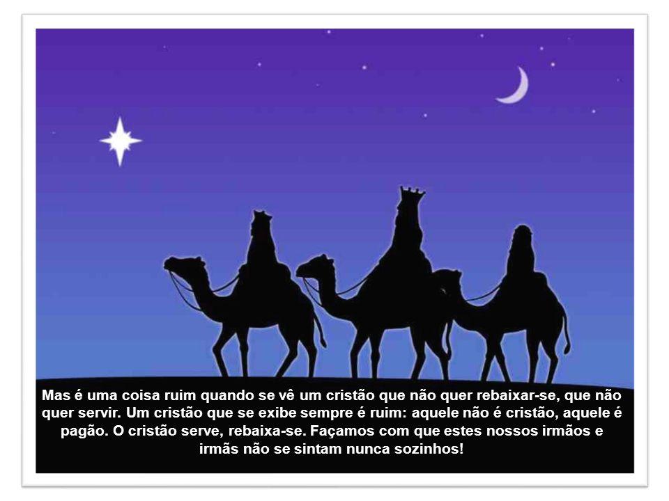 A primeira é que se no Natal Deus se revela não como um que está no alto e que domina o universo, mas como Aquele que se rebaixa, vem à terra pequeno