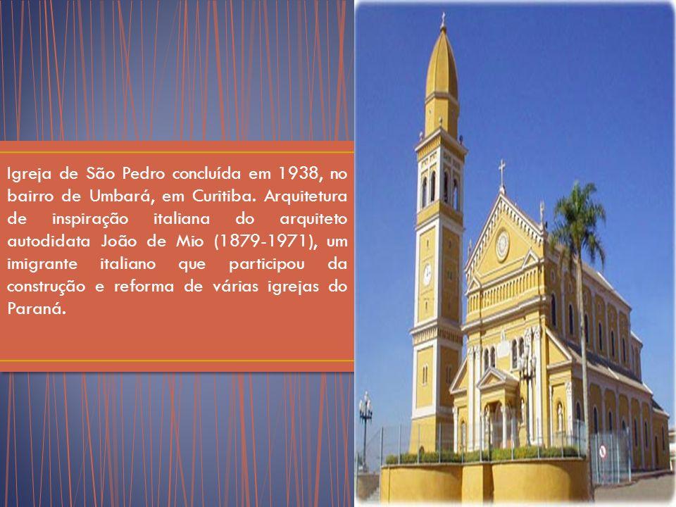 Igreja de São Pedro concluída em 1938, no bairro de Umbará, em Curitiba.