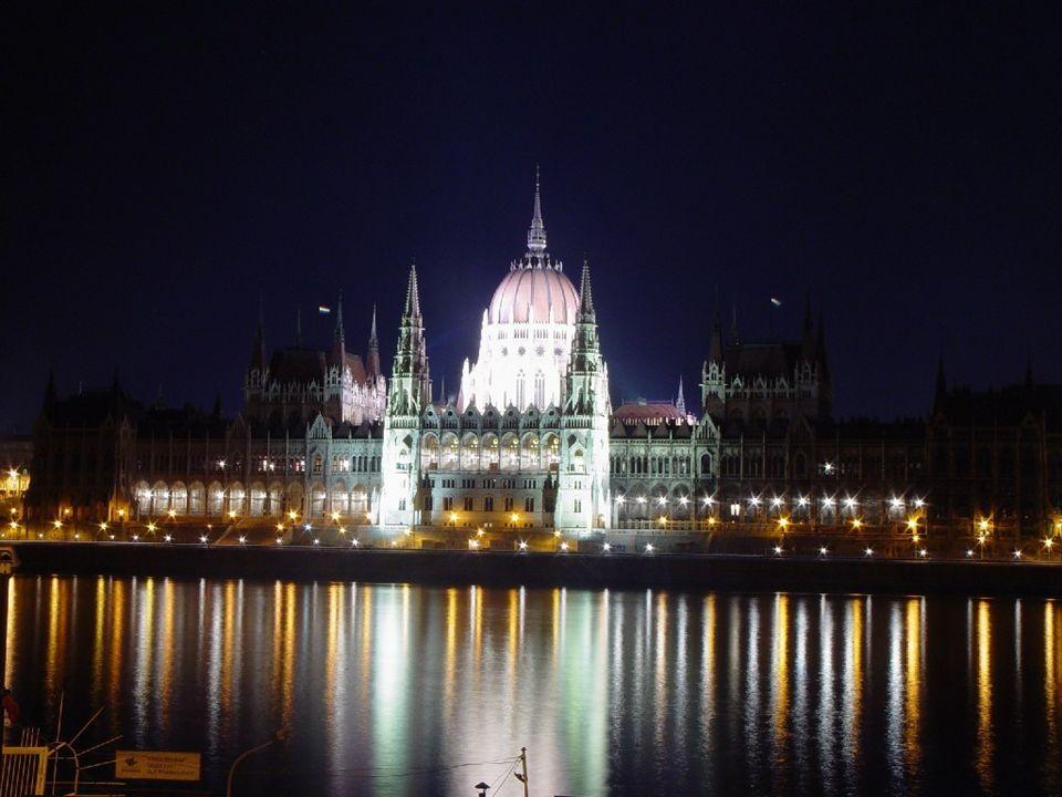 O Parlamento de Budapeste, HUNGRIA