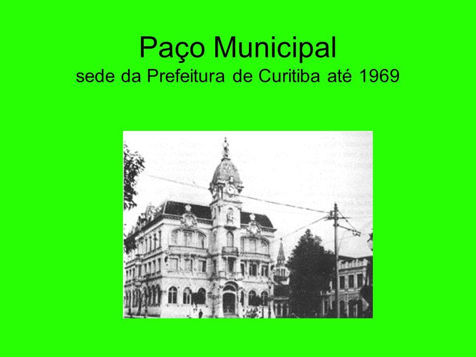 Paço Municipal A construção do Paço Municipal começou em 1914. Foi concluída em 1916 pelo prefeito Cândido de Abreu. Passou a ser chamado de Paço da L