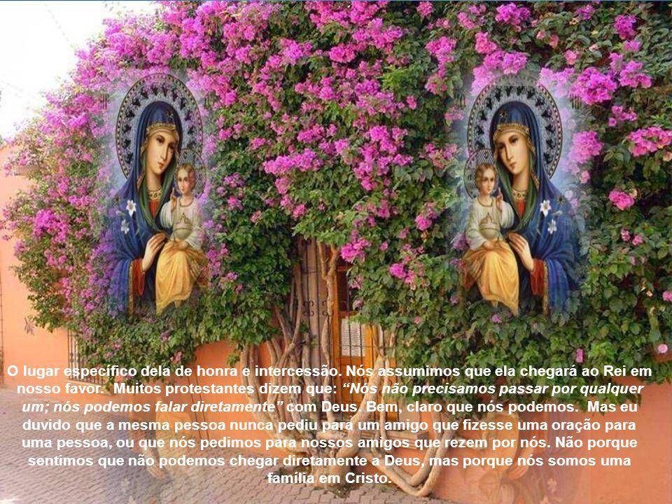 O príncipe é um tipo de Cristo, e o portão prefigura Maria, desde que era pelo seu útero que Jesus entrou no mundo. Assim como o portão estava reserva