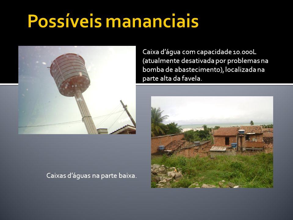 Caixa dágua com capacidade 10.000L (atualmente desativada por problemas na bomba de abastecimento), localizada na parte alta da favela. Caixas dáguas