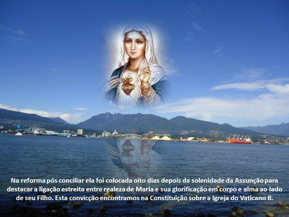 Bento XVI se ateve à comemoração de hoje marcada pelo calendário litúrgico: Nossa Senhora Rainha.