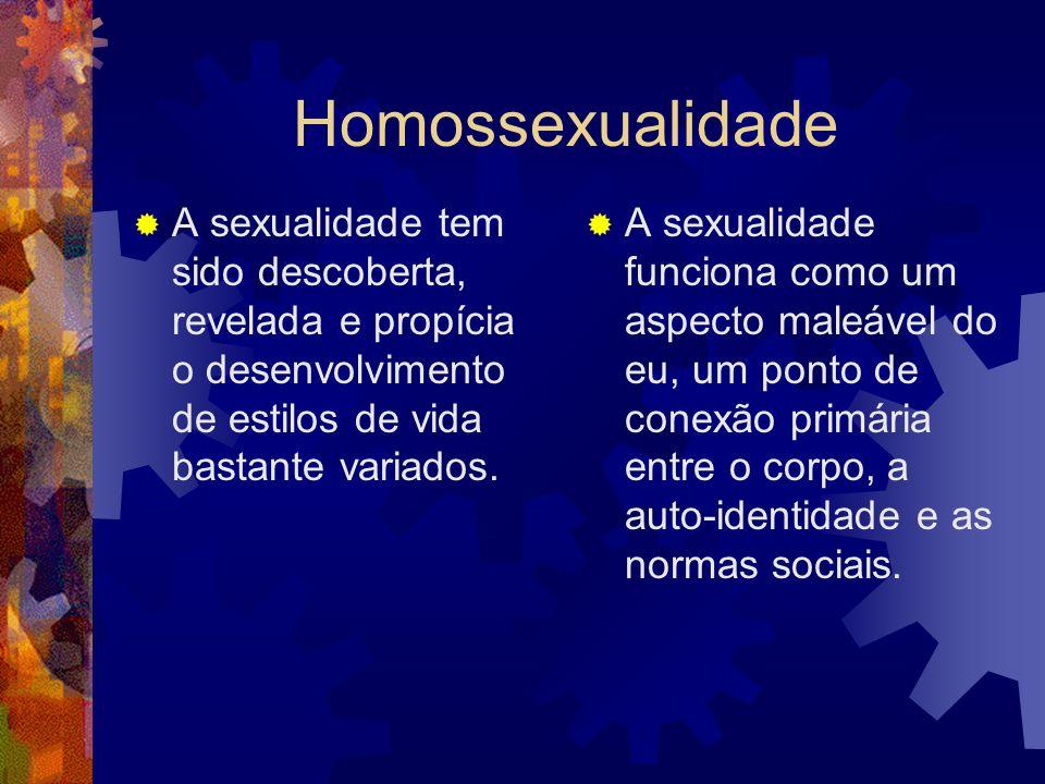 Sexualidade + afetividade Só parecemos o que somos, quando nos dão oportunidades para sermos, e principalmente, quando nós mesmos nos permitimos ser em nós e com o outro.