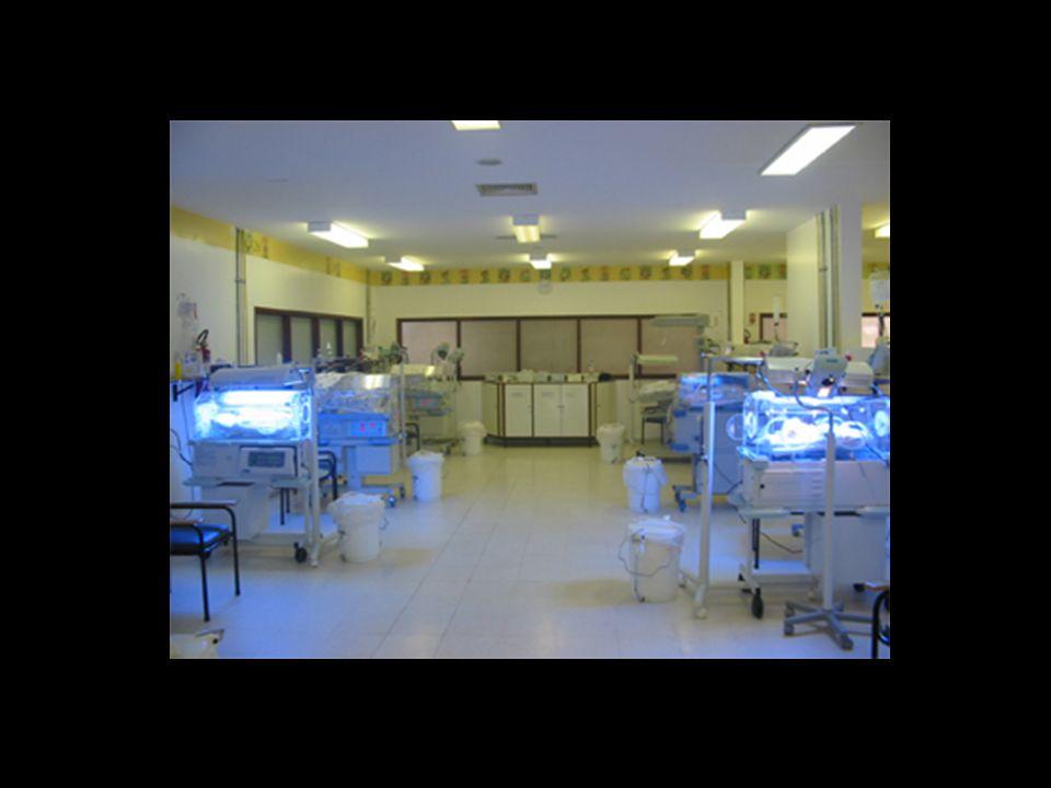 PesoSobrevivênciaCusto no 1o ano de vida (U$) < 750g18%273.900,00 750 - 999g57%138.800,00 1000 - 1249g84%75.100,00 1250 - 1449g88%58.000 Estudo realizado por Rogowsky, no estado da Califórnia durante 1986 e 1987, analisando os custos para o tratamento dos RN de muito baixo peso, relataram os seguintes valores: