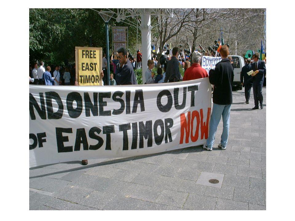 Línguas de Timor Leste De acordo com a Constituição do país, o tétum é língua nacional de Timor-leste, de origem malaio-polinesia com profunda influência da língua portuguesa, com a qual partilha o estatuto de língua oficial .