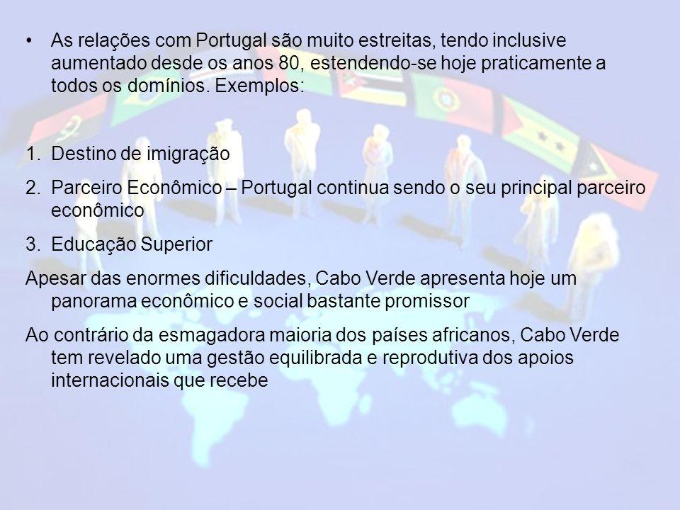 O Português é a língua oficial, porém o crioulo é a língua materna.