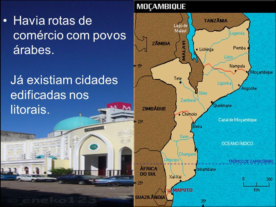 O início da colonização A Partir de 1506, os portugueses começavam a colonização de Moçambique.