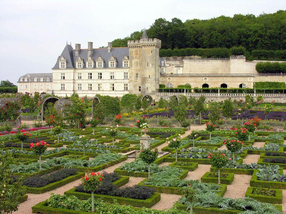 Aos monges das abadias beneditinas lhes aprazia dispor suas hortaliças e ervas em formas geométricas.