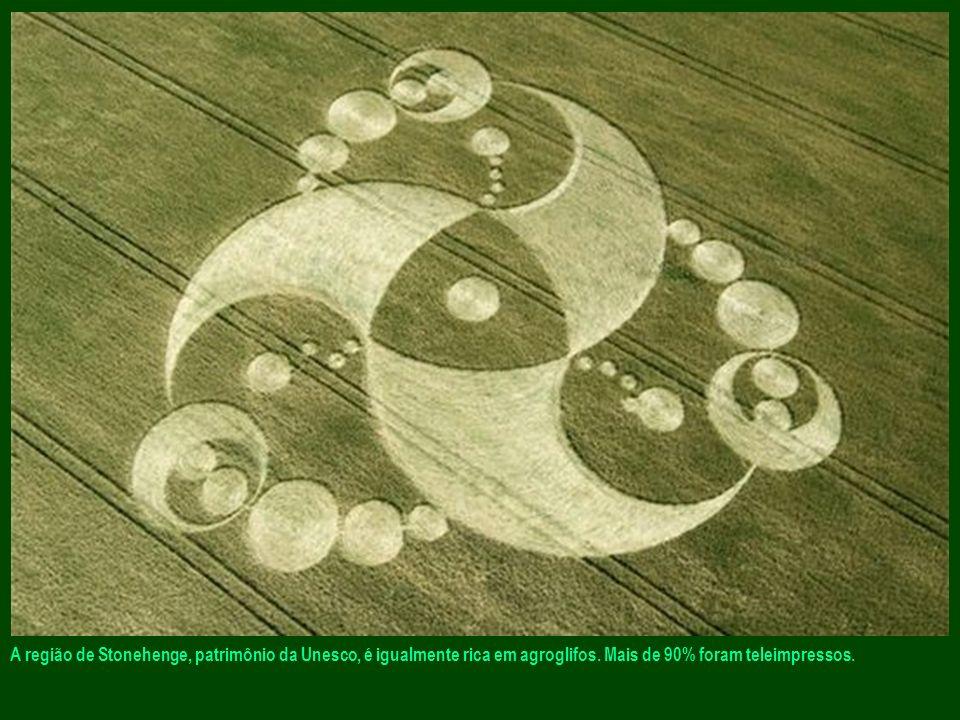 A Inglaterra é o país campeão em agroglifos. Ao sul do país, mais precisamente na região dos antigos templos de Avebury, encontram-se os maiores nomes