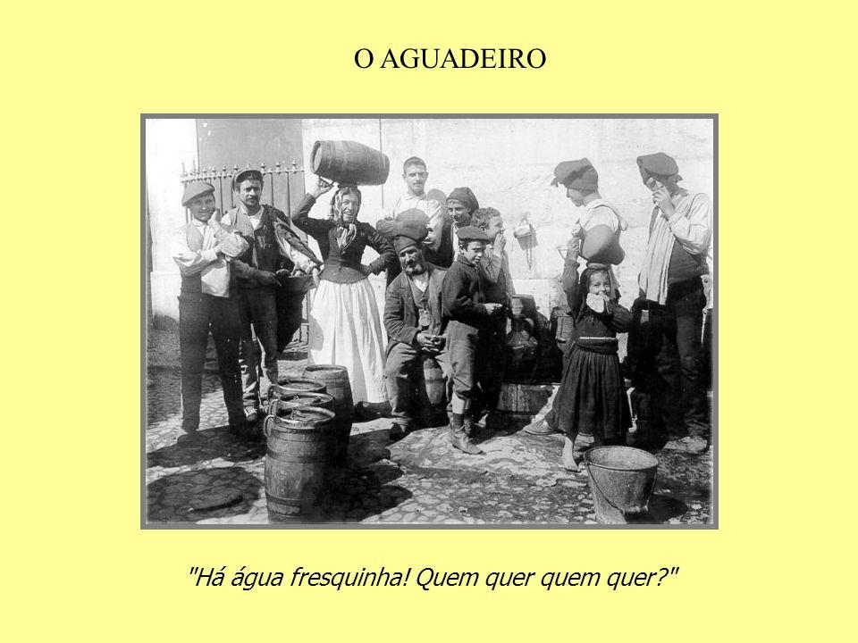 Olhai, senhores, esta Lisboa d'outras eras............ Das festas, das seculares procissões, Dos populares pregões matinais que já não voltam mais!