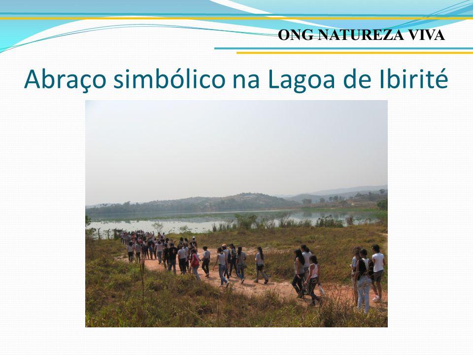 Caminhada com alunos e comunidade no dia Mundial do Meio Ambiente
