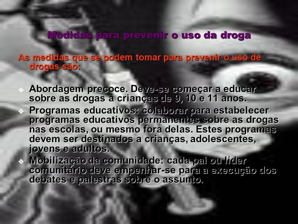 Razões que levam as pessoas a consumir drogas A curiosidade é uma das razões mais citadas para o consumo de droga entre adolescentes, a disponibilidad