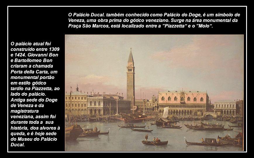 O Palácio Ducal.