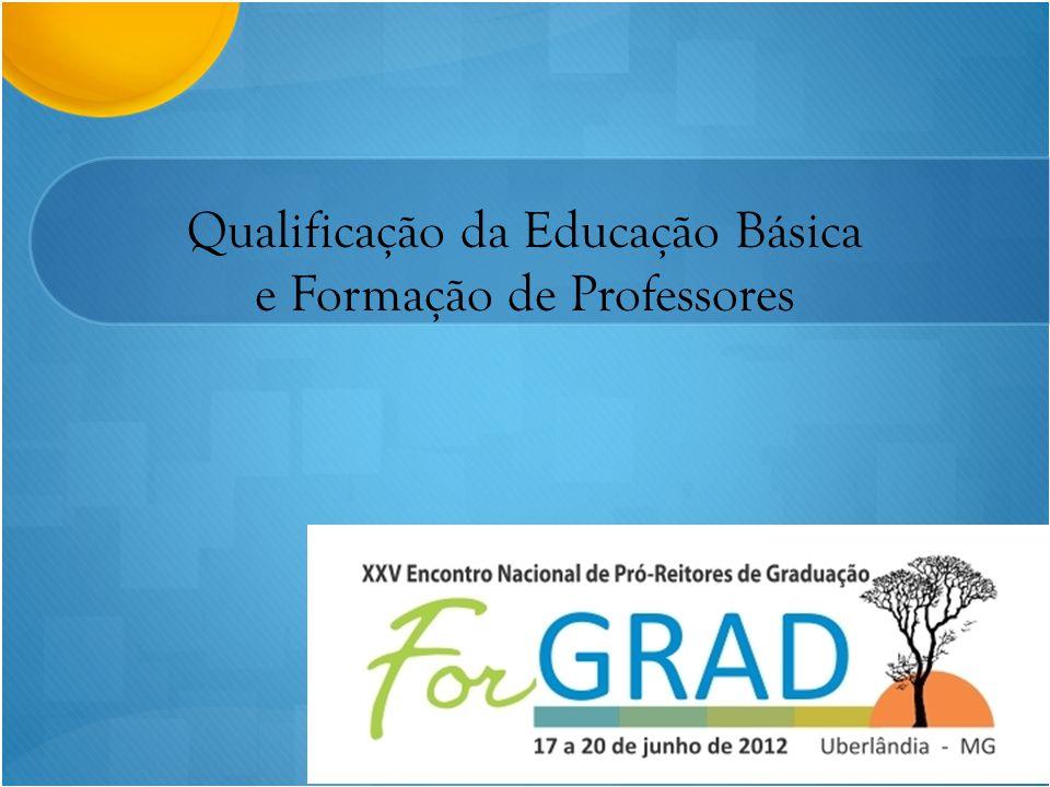 A CAPES NA FORMAÇÃO DE PROFESSORES DIRETORIA DE FORMAÇÃO DE PROFESSORES DA EDUCAÇÃO BÁSICA - DEB DIRETORIA DE EDUCAÇÃO À DISTÂNCIA - DED