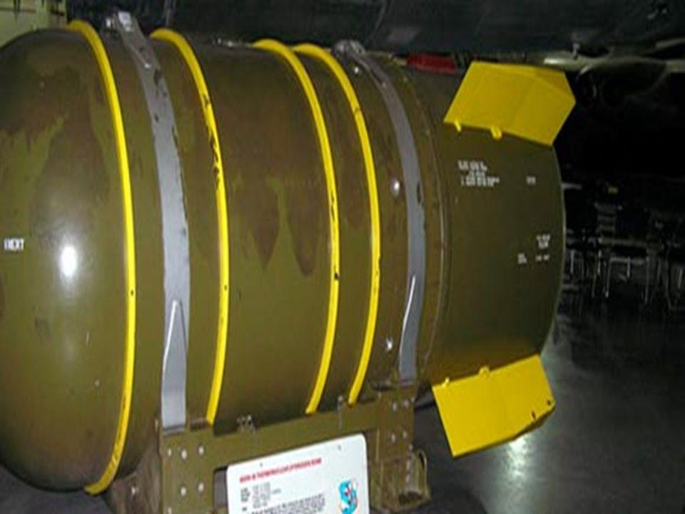 Devido ao seu enorme tamanho a bomba não era prática para propósitos de guerra, e foi criada primariamente para ser usada como propaganda na Guerra Fria.