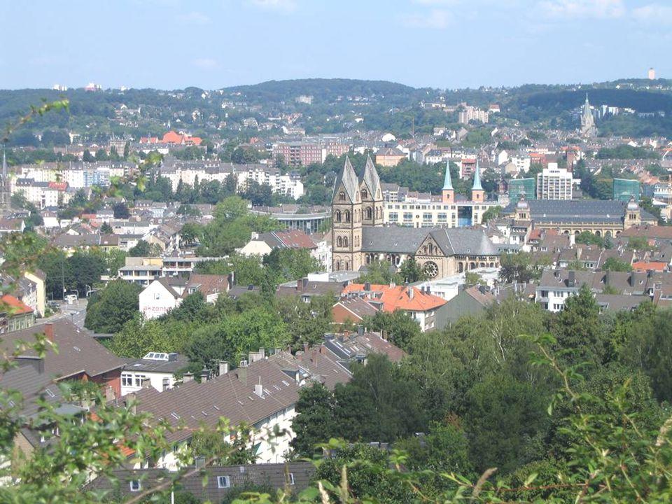 A cidade de Wupppertal está situada nas colinas de