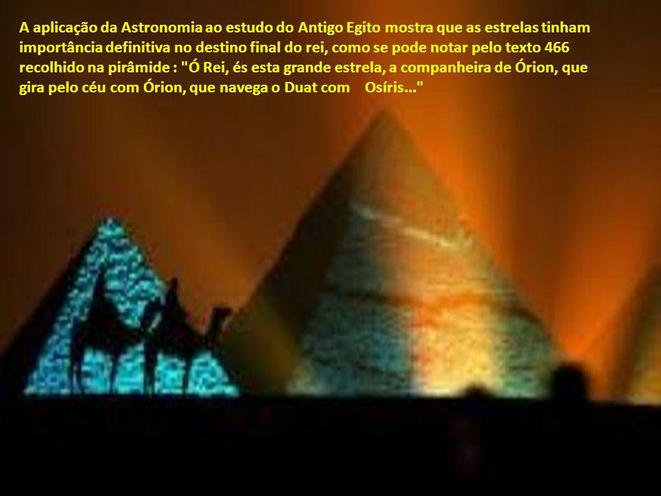 A egiptologia tradicional acredita que os egípcios praticavam a religião solar, centrada na adoração de Ra. O culto a Ra, cujo centro era Heliópolis,