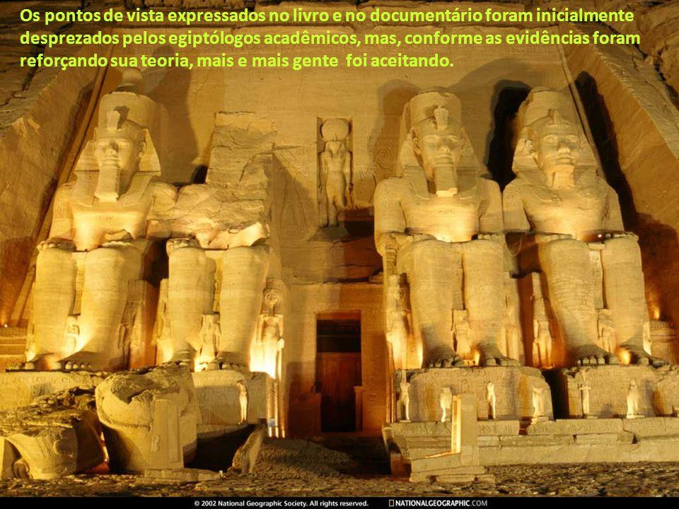 Robert Bauval e Adrian Gilbert tem um estudo astronômico sobre as pirâmides. Os dois publicaram suas descobertas preliminares no livro THE ORION MYSTE