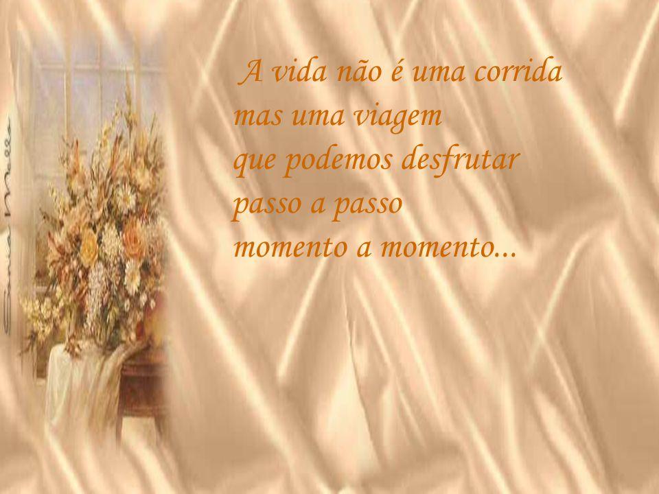 O tempo passa rápido e o tempo não fala simplesmente de horas vividas mas de acontecimentos de vivência de vida...