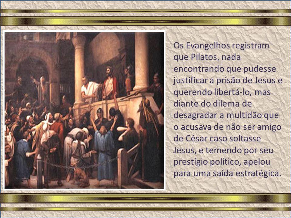 Amanhecia, mas já havia uma multidão para assistir o julgamento de Jesus, que seria interrogado por Pilatos, governador da Judéia. Tratava-se de uma f