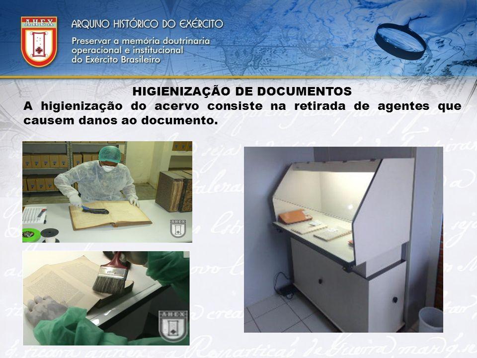 HIGIENIZAÇÃO DE DOCUMENTOS A higienização do acervo consiste na retirada de agentes que causem danos ao documento.