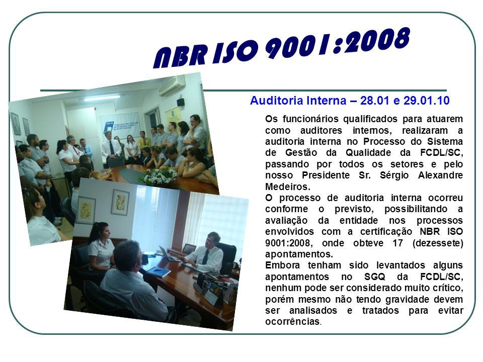 Os funcionários qualificados para atuarem como auditores internos, realizaram a auditoria interna no Processo do Sistema de Gestão da Qualidade da FCD