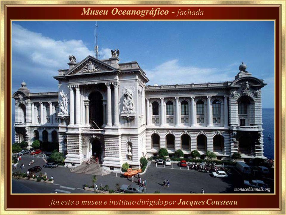 Inaugurado em 1910 por seu fundador, o príncipe Albert I, Museu Oceanográfico