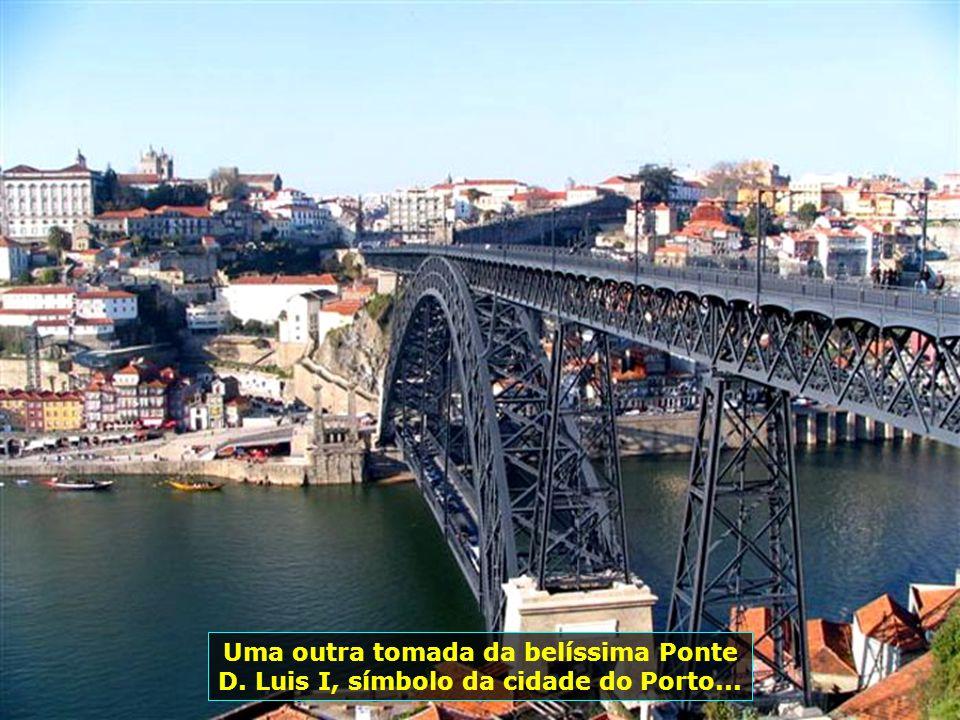 Ponte D. Luis I liga as cidades do Porto e Vila Nova de Gaia, iniciada em 1881 e inaugurada em 31.10.1886, com projeto de autoria do eng. belga Teófil