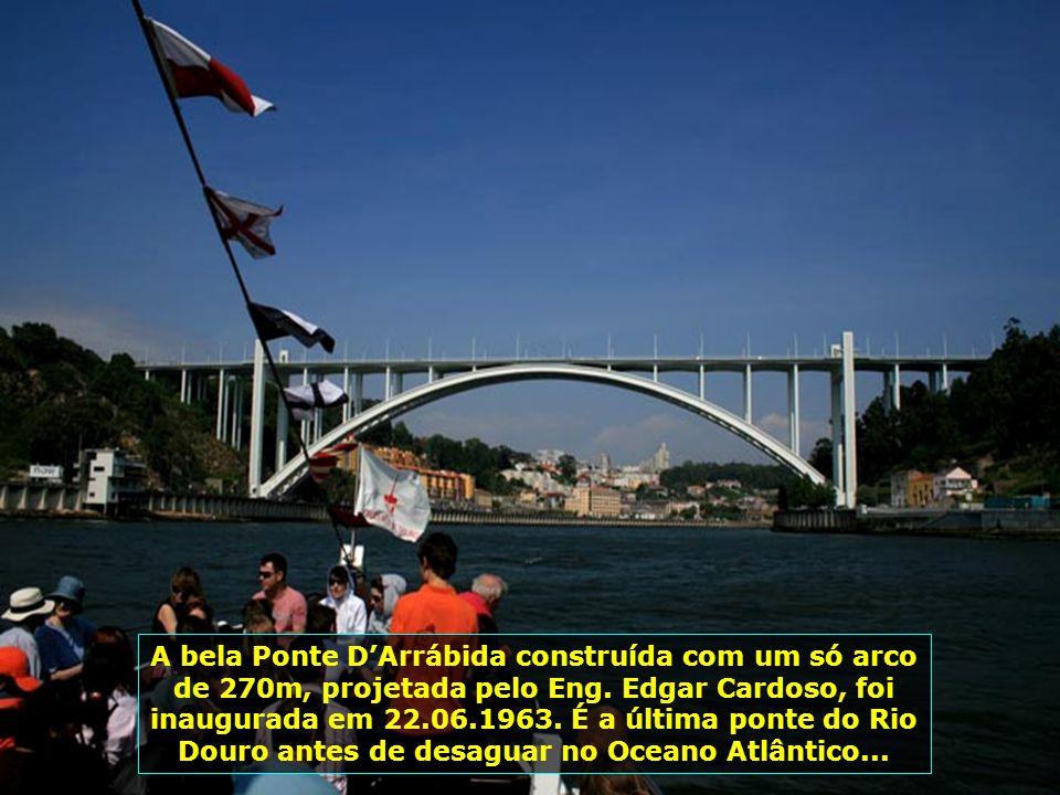 Cinco belíssimas pontes cortam o Rio Douro em sua passagem pela cidade do Porto, por onde passam trens, metrôs e demais veículos rodoviários...