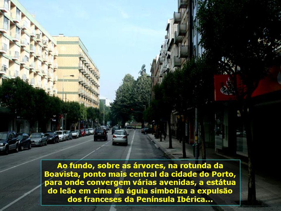 Conhecida como capital do norte, o Porto tem uma região metropolitana com 2 milhões de habitantes. Cidade moderna que convive em perfeita harmonia com