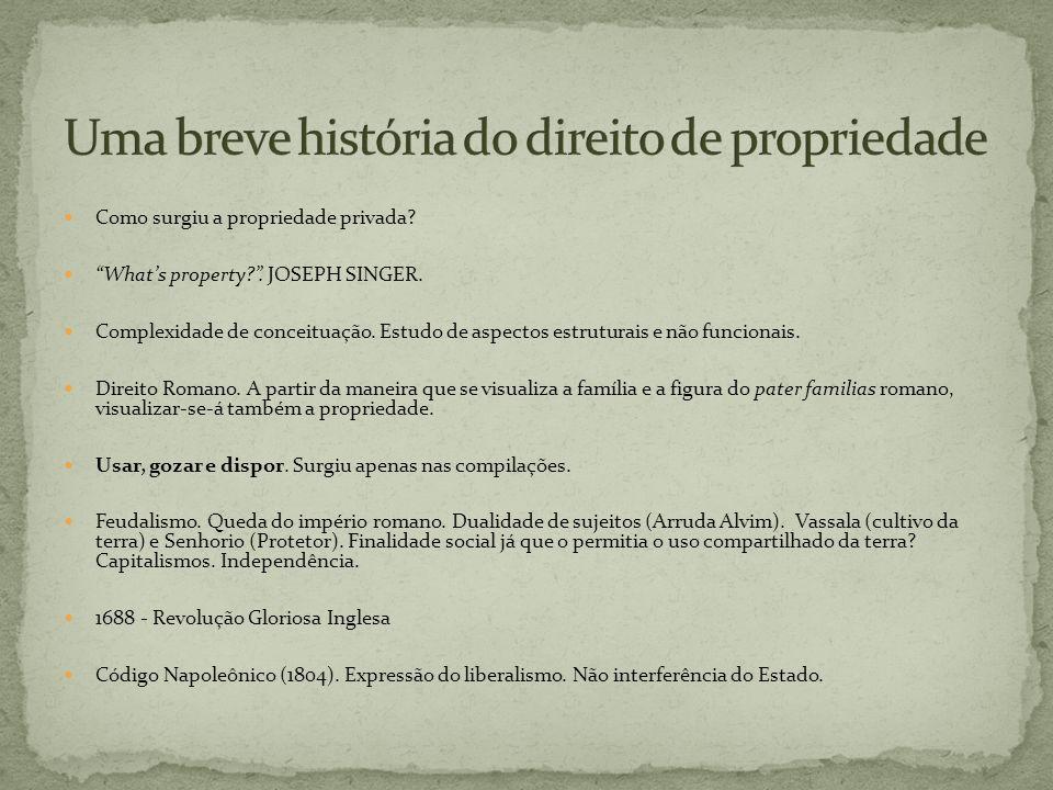 Direito Romano: omni agro deserto.XII Tábuas.